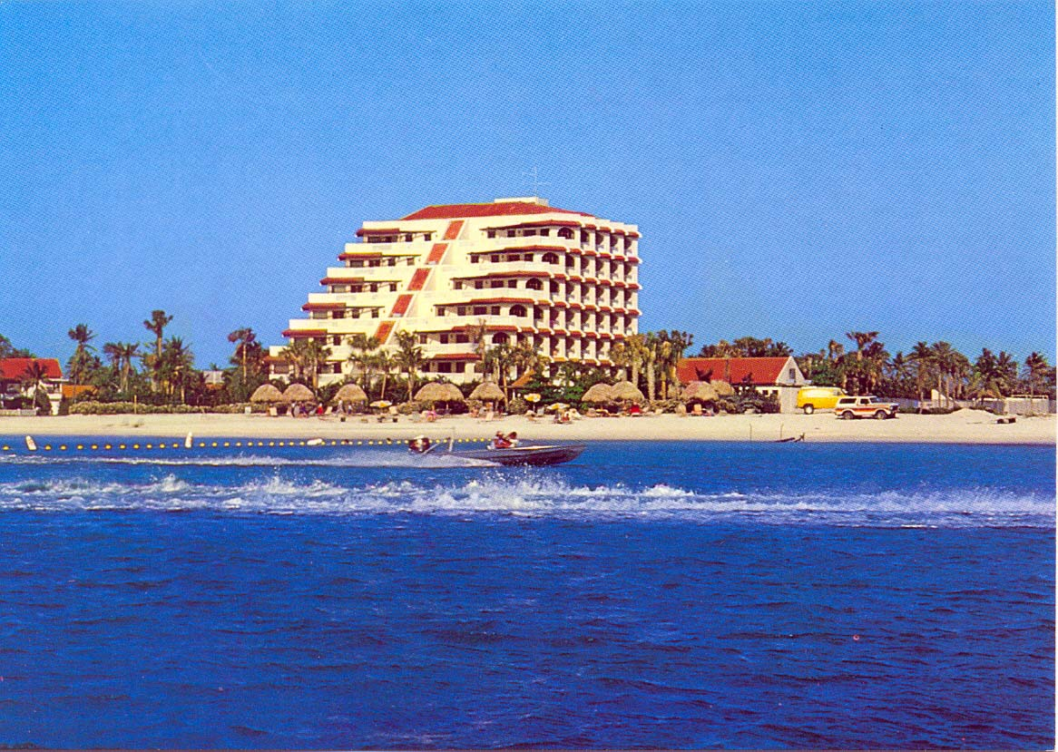 Playa Linda 1.jpg